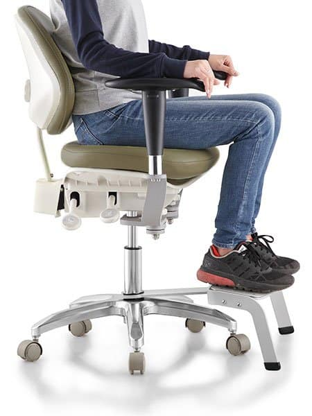 Tronwind Dentist Stool Footrest-Pedal-demonstration-TM07